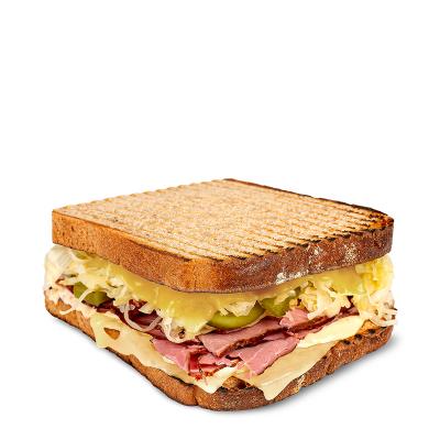 Americký sendvič s hovězím pastrami